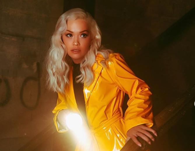 Rita Ora publikon klipin e ri  por ne në Kosovë s mund ta shohim